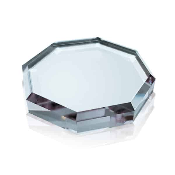 Use this Octagonal Crystal Glue Stone to place your eyelash extensions adhesive while applying eyelash extensions.